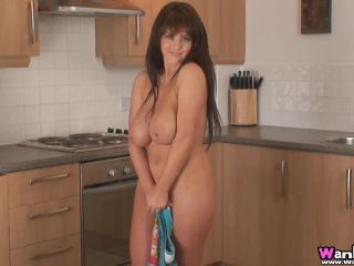 Robyn Alexandra - Kitchen - HD