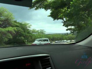 Lily Adams - Hawaii 1 [FullHD 1080P] - Screenshot 3