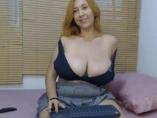 Great busty webcam girl