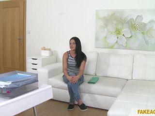 Lucia Denvile (Full HD)
