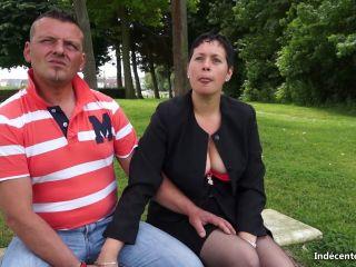JacquieEtMichelTV.net/Indecentes-Voisines.com - Celine - Incroyable mais vrai il demande Celine en mariage en plein direct!  - blu-ray - anal porn french anal porn