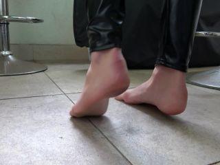 Porn online [Femdom 2018] Dominant Femine – Ksenia – True Or Dare [Foot Fetish, Dirty Feet, Footworship, Footlicking, Foot Licking, Foot Worship] femdom