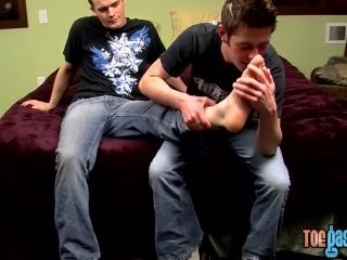 Gay perverts suck each others toes and masturbate together