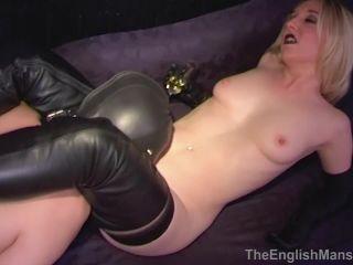 Mistress Sidonia - Tongue Slave - Upscale [HD 720P] - Screenshot 6