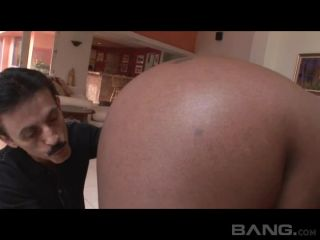 Heavy Loads 3 Scene 2