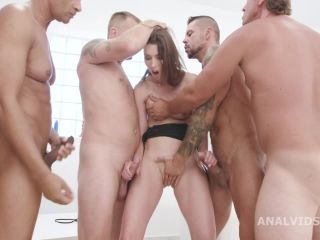Dirty girl Susan Ayn gets rough DAP and deepthroat fuck gangbang