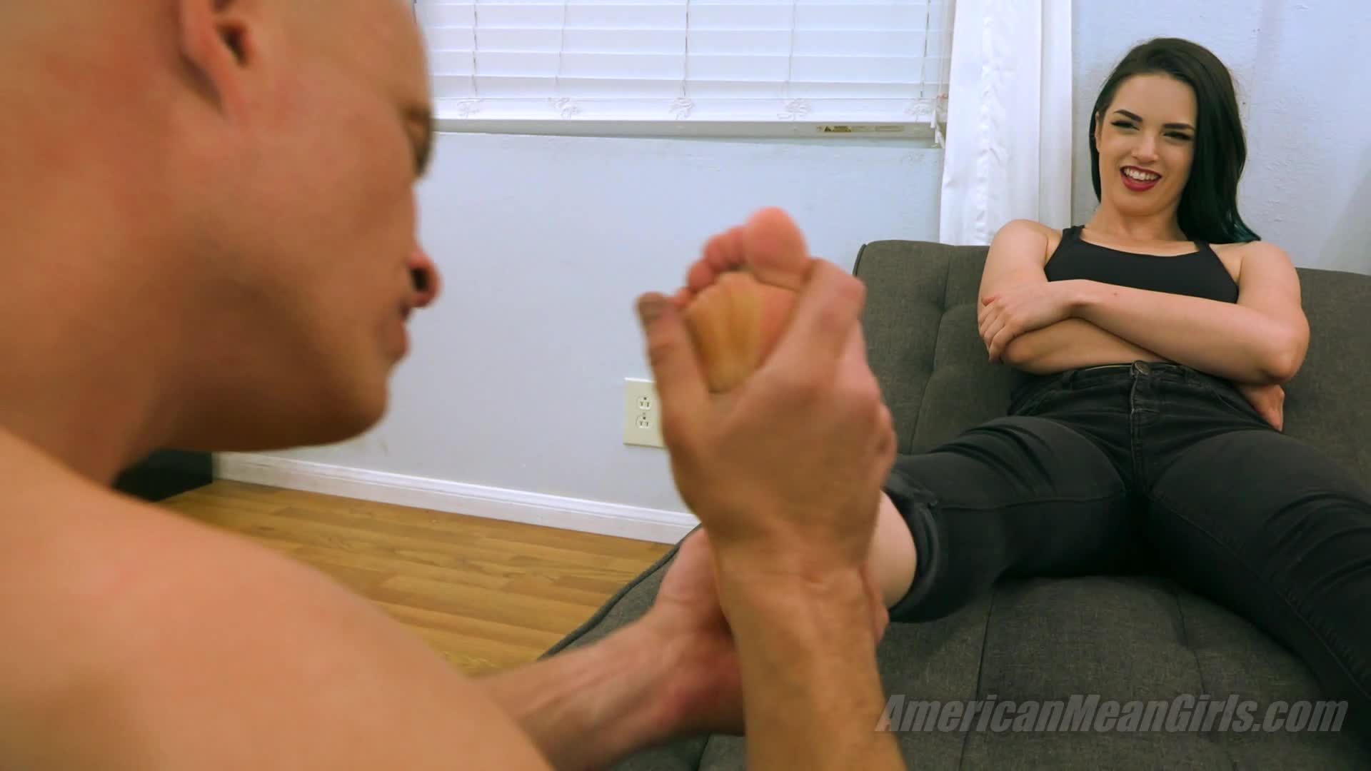 Lesbian Feet Worship Nikki