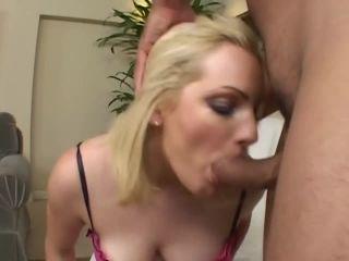 Hot Young Ass, Scene 4
