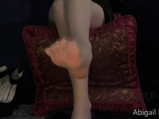 Online Fetish video Abigail Dupree - foot worship pt 1