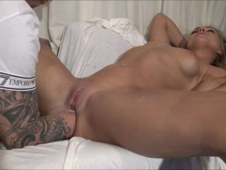 SiswetLive – Extreme Fisting *NEW 2020 amateur