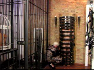 Black Diamoond – Mistress Blackdiamoond – Chastity put to the test