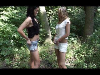 Isabella - Tiffany - Drunk girls pee [HD 720P] - Screenshot 1