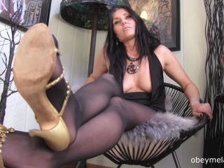 Obey Melanie – Good boys get to sniff my stocking feet
