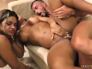 Ana Julia Luna Oliveira - Sex Machines