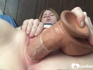 Amateur Solo 6282 Amateur Blonde Babe Stuffs Her Pussy With A Huge Dil ...