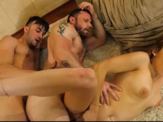 Hot bisexual threes mmf