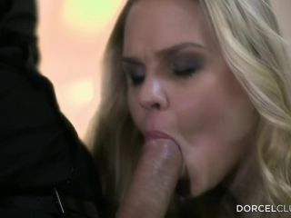 Barra Brass – DorcelClub / Dorcel – Hard DP For A MILF By Her 2 Lovers | double penetration | blonde