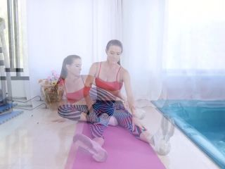 MYLF presents Sofie Marie in Spying On Some Thighs – 16.12.2018