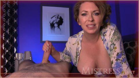 Mistress T - Seduced By Mature Neighbor Lady [HD 720P]