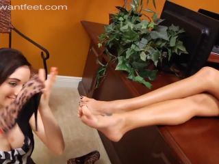 Lesbian Foot Worship – I Want Feet – So, You Want To Be A Foot Model Too | toes licking | fetish porn