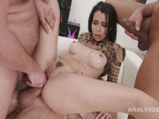 DAP & Squirt with Jessy Jey, 4on1, Anal Fisting, DAP, Gapes, Squirt Drink, Creampie Swallow and Cumswallow GL434 [HD 720P] - Screenshot 4