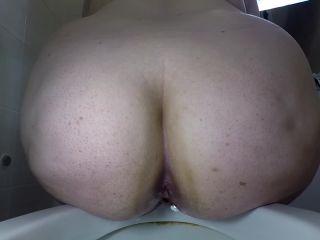 margo - BBW Winking - Farting and Pooping [FullHD 1080P] - Screenshot 4
