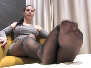Nylon fetish – Lexis – High arched feet in black sheer pantyhose