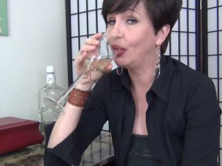 Mrs Mischief – Contributing to the Delinquency of a Nephew (Full HD)