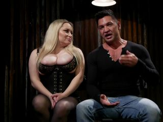DivineBitches presents A Doms Domme: Divine Bitch Aiden Starr dominates beefcake male top – 04.12.2018