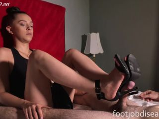 MFYT Marie Pink French Toes Sideview Footjob