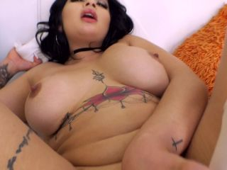Carolina Cortez Latina Loves It When You Watch Her Cum