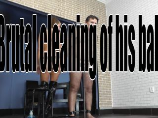 [Femdom 2018] CRUEL MISTRESSES  Brutal cleaning of the balls. Starring Mistress Amanda [CBT, Humiliation, Degradation]