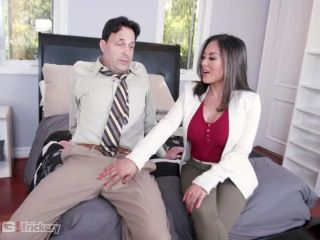 Bang! Trickery presents Kaylani Lei Offers Her Advice, Her Pussy And Her Asshole To A Guy In Need! – 19.04.2019