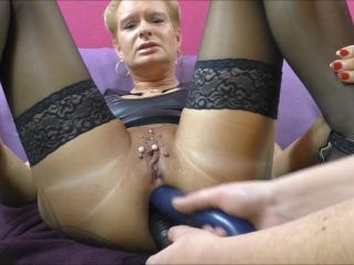 Horny mature Angel Alpha two dildos in pink prolapsing ass