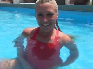 MyDirtyHobby presents Daynia — Schamlos im Hotelpool — Bespannert und zerfickt — Shamelessly in the hotel pool! Bespannert and zerfickt!