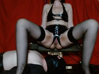 MsSherryBells - Sherry feeds and waters sub [FullHD 1080P] - Screenshot 1