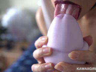Kawaii_girl – 4K Huge Cock Worship very closeup webcam