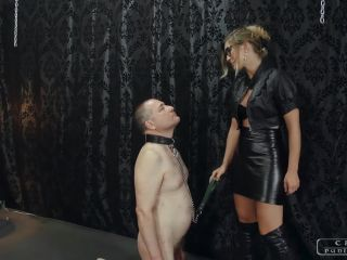 Leather – CRUEL PUNISHMENTS – SEVERE FEMDOM – Marks of her hands – Mistress Bloodymary