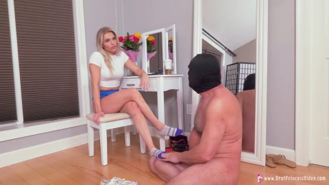Amber - Clean My Sweaty Feet And Drink My Sock Tea [UltraHD/4K 2160P]