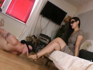 Foot Goddess Leyla Slave  For the Goddess