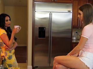 – Anissa Kate & Jill Kassidy – Lesbian Loving Weekend