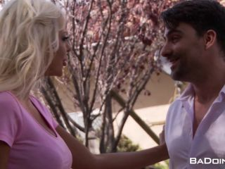 Courtney Taylor – House Cunting (Full HD)