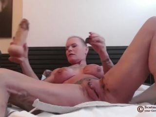 Scatmuschi BINE - I Play with Scat from my giant Dildo [FullHD 1080P] - Screenshot 2