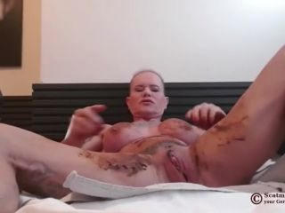 Scatmuschi BINE - I Play with Scat from my giant Dildo [FullHD 1080P] - Screenshot 4