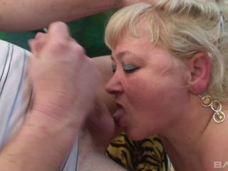 Bbw Granny Gets That Hard Cock Her Cunt Craves