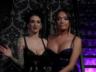 Jessica Fox & Arabelle Raphael