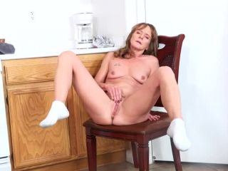 Anilos – Cyndi Sinclair – Cumming In The Kitchen – SD, big tits full 1080 on brunette