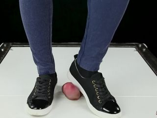 House of Era – Your сock in Cockbox Trampling by Sneakers in Dance CBT POV