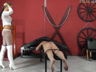 CRUEL MISTRESSES  Stingy spanks. Starring Mistress Amanda