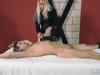Handjobs – CRUEL PUNISHMENTS – SEVERE FEMDOM – Zita's erotic touch – Mistress Zita